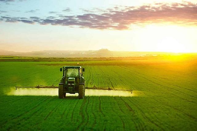 Những điều bạn cần biết về hóa chất nông nghiệp (Hình 3): Hóa chất nông nghiệp dùng cho chăn nuôi