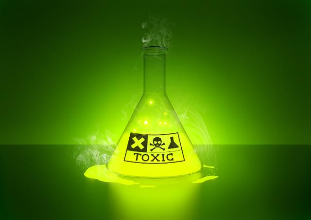 Nguy hiểm từ mua hóa chất có hại